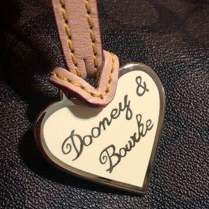 Vintage Dooney&Bourke heart purse/key charm